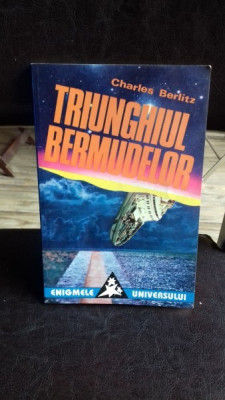 TRIUNGHIUL BERMUDELOR - CHARLES BERLITZ foto