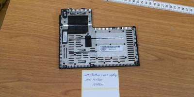 Capac Bottom Case Laptop Dell XPS M1330 (555260) foto
