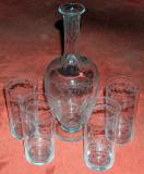 sticlă + 4 pahare cristal Baccarat, încrustate manual