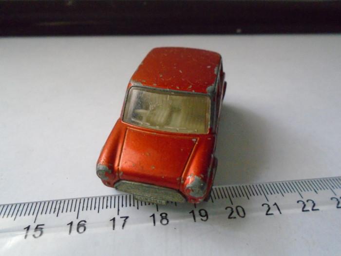 bnk jc Matchbox Superfast no 219 Racing Mini