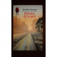 BARBATUL DE LA GARA, JENNIFER JOHNSTON, Humanitas