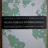 Patricia Curtin, Kenn Gaither - Relatii publice internationale