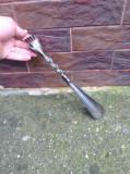 Incaltator vechi  metalic !!!
