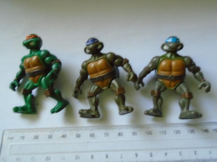 bnk jc Testoasele Ninja - lot 3 figurine de plastic