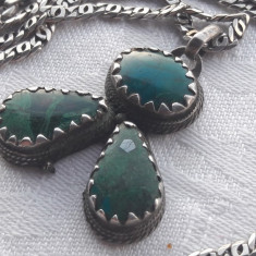 MEDALION argint TRIBAL cu MALACHIT masiv VECHI vintage SUPERB rar pe Lant argint