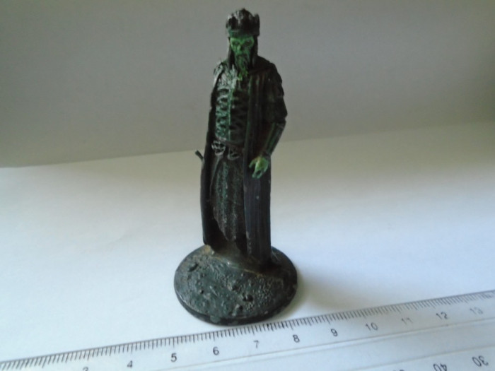 bnk jc Stapanul Inelelor - Regele celor morti - figurina metalica