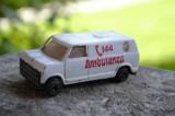 Macheta / jucarie masinuta metal - Ambulanta ( Ambulanza ) #578, 1:64