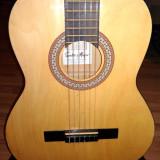 Chitara clasica cu defect estetic