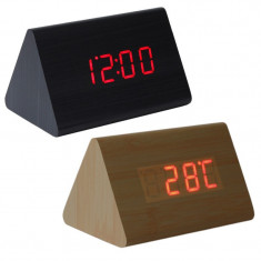 Ceas digital LED, lemn triunghiular, senzor sunet, termometru, 12/24h