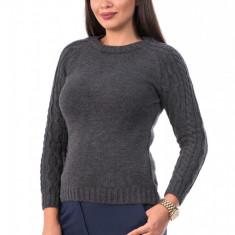 BL979-61 Pulover gros tricotat, cu guler rotund si maneci lungi cu torsade, S/M