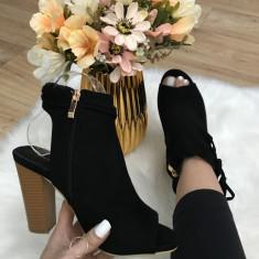 Sandale gen cizme de vara negre marime    41+CADOU