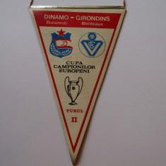 Fanion fotbal meci DINAMO BUCURESTI - GIRONDINS BORDEAUX (07.11.1984)