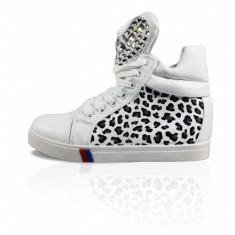 CH2372-211 Sneakers dama cu imprimeu animal si pietricele