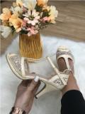 Sandale dama bej cu toc mic marime  38, 40+CADOU