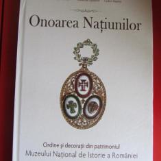 Onoarea natiunilor vol. I, Ordine si decoratii romanesti
