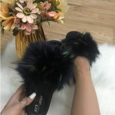 Papuci dama negri cu blana multicolora marime   38, 39+CADOU