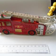 Bnk jc Dinky 266 ERF Fire Tender