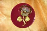Aplica electrica Art Deco floral bronz dore, portelan, vintage