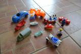 Lot jucarii din plastic, masinute,barcute, figurine, lego intre 4 si 12 cm #561