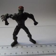 bnk jc Lot 3 figurine plastic