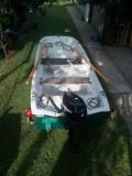 Trimaran-(barca fibra)  motor 4 cai, peridoc sonar ancora -PERFECTA STARE