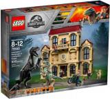 LEGO® Jurassic World Furia Indoraptorului Pe Mosia Lockwood 75930