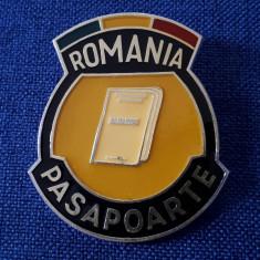 Insigna Pasapoarte - Romania - Politia Romana