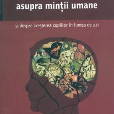 Efectele televiziunii asupra mintii umane si despre cresterea copiilor in lumea de azi - Carte Ghidul mamei