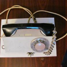 MT - Telefon (mai) vechi TESLA cu disc neprobat