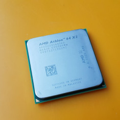 Procesor Dual Core AMD Athlon 64 X2 5200+, 2, 70Ghz, Socket AM2(65W, rev. G2) - Procesor PC AMD, Numar nuclee: 2, 2.5-3.0 GHz
