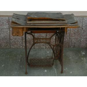 MAȘINĂ F. VECHE DE CUSUT - MARCA SINGER - ANII 1900 - FIER MASIV, FONTĂ ȘI LEMN!
