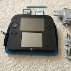 Nintendo 2DS + husa si incarcator originale + stilou + 2 jocuri educative - Consola Nintendo