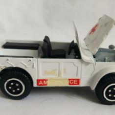 Masinuta macheta ambulanta Fiat Campagnola Giodi 1/25 Italia - Macheta auto