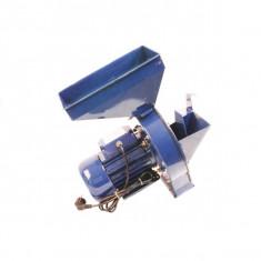 Moara electrica cu ciocanele Micul Fermier nr.3, 2.5 kw, 3000 rpm