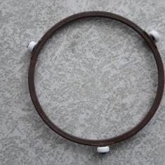 INEL PLATOU CUPTOR CU MICROUNDE .DIAMETRUL 15,5 CM