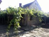 Casă mică cu anexe, Grădişte, Arad, zonă liniştită