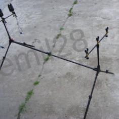 Set Rod pod - Rodpod pentru 3 lansete + 3 Avertizori Wind Blade + 3 Swingere