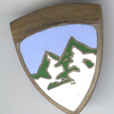 Insigna REGALA - ALPINISM -  Insigna Romania veche 1935-1940 - SUPERBA
