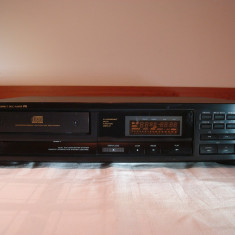CD player ONKYO DX-6620