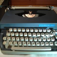 Masina de scris HANSEATIC+banda noua de scris