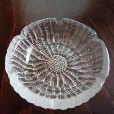 Scrumiera cristal sau semicristal - Scrumiera sticla