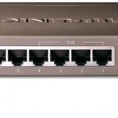 Switch 8 x 10/100Mbps 4 porturi PoE