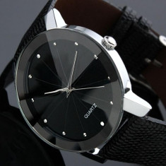 Quartz dama ceas negru lucios cu pietre stralucitoare - Ceas dama, Analog, Nou
