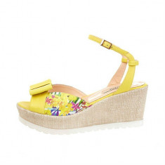 Sandale dama, din piele naturala, marca Botta, culoare galben, marimea 36