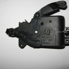 Climatronic Clapeta recirculare V71 pt golf 4, bora, skoda octavia 1 - Dezmembrari Volkswagen