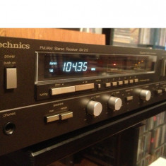 Amplificator/Tuner Stereo  TECHNICS  SA 212 - Impecabil/Vintage/made in Japan, 41-80W