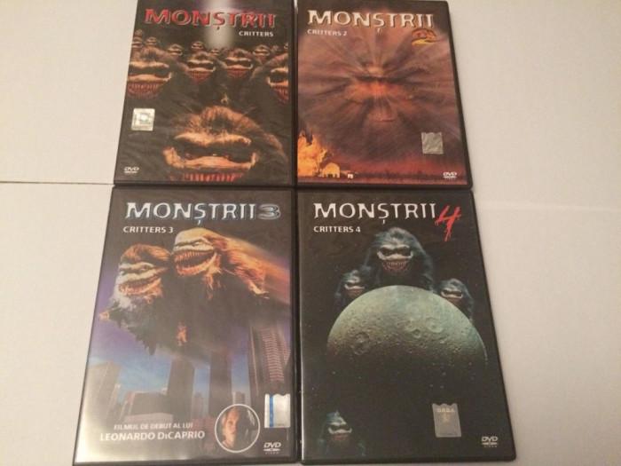 Seria Completa Critters Monstrii - Filme Horror Set 4 DVD