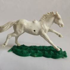 Figurina cal alb, detaliat, expresiv, deosebit, 8x5,5 cm, plastic