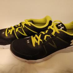 Pantofi sport Under armour Thrill 2 - Adidasi barbati Under Armour, Marime: 44, Culoare: Negru