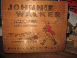 RARE BOX whisky  johnnie walker,BLACK LABEL ANI 50 - CM 34X27X28 + /.-